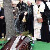 Archbishop Irenee blesses casket of Archimandrite Alexander